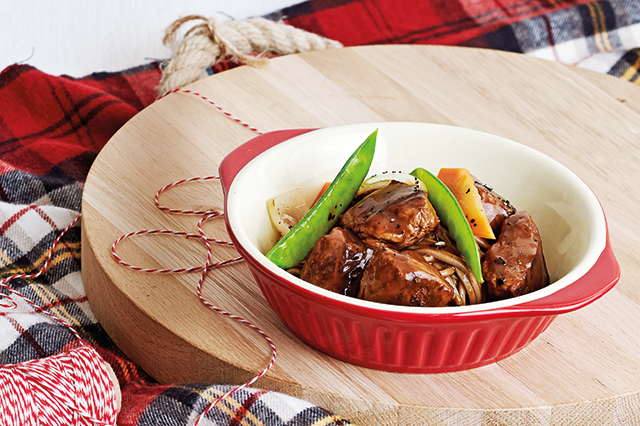 Braised Beef Tenderloin with Yomeishu Sauce and Soba Noodles